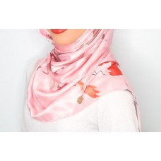Chloe v back Triangle Shawl (Printed Satin Silk  - Penelope)