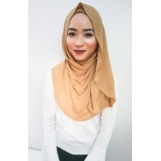 Instant Shawl Luxe V2 (Toffee Nut)